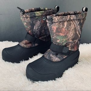 Thinsulate Camo Winter Boots Boys sz 5